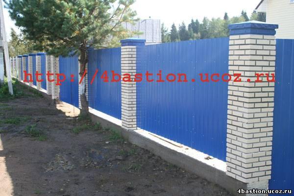 бетонные заборы Кирпич